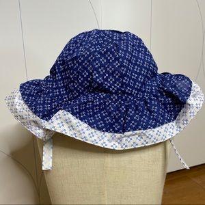 Gymboree ruffle bucket hat blue/white 12-18M
